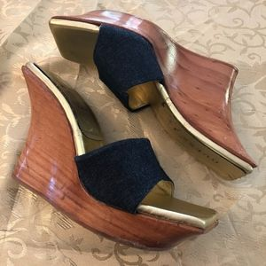 Guess wooden gold navy wedge heel size 7